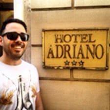 Användarprofil för Adriano