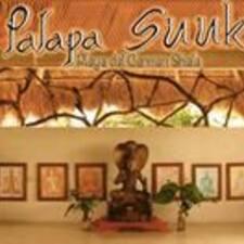 Palapa Suuk est l'hôte.