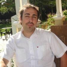 Raymond felhasználói profilja