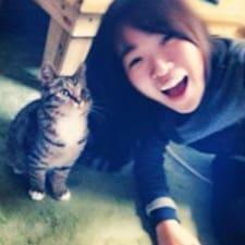 โพรไฟล์ผู้ใช้ Eun Kyung