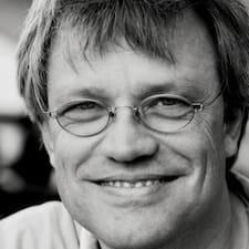 Axel Reinhard Brukerprofil