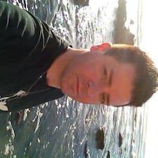 Потребителски профил на Mike