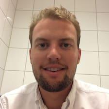 Nutzerprofil von Lars Henrik