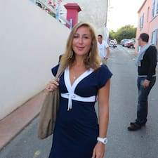 Caroline Kullanıcı Profili
