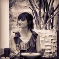 Laura Denja User Profile