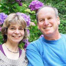 Stanley And Stephanie的用戶個人資料