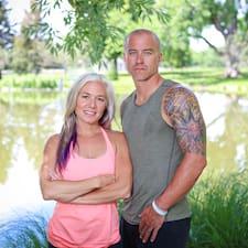 Laura & Scott
