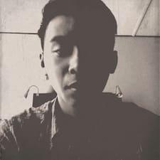 Profil utilisateur de CHEE. One