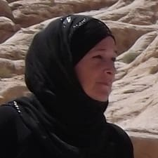 Maryam Al Fakheer User Profile