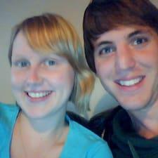 Profil Pengguna Matt & Zoe