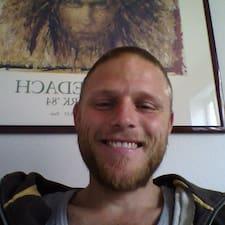 Morten is the host.