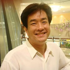 朝聖 User Profile