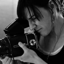 Rachelle felhasználói profilja