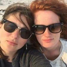 Nutzerprofil von Stephanie & Lisa