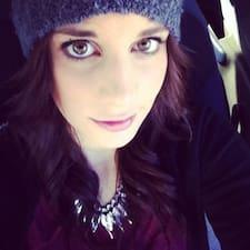 Noemi Elena User Profile