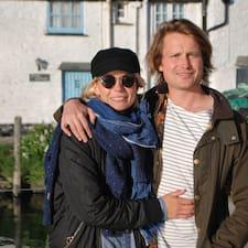 Anna & Tom User Profile