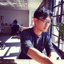 โพรไฟล์ผู้ใช้ Guo Liang