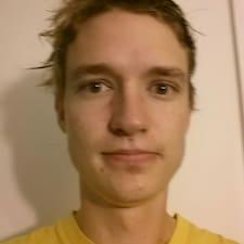 Profilo utente di Adam