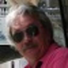Francisco A. felhasználói profilja