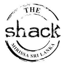 The Shack — хозяин.