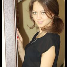 Polina的用戶個人資料