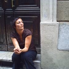Valérie User Profile