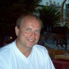 โพรไฟล์ผู้ใช้ Kjell S