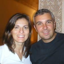 Giuseppe & Tiziana is the host.