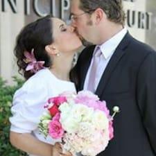 Christophe & Laura — хозяин.
