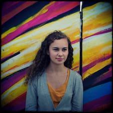 โพรไฟล์ผู้ใช้ Anne-Cécile