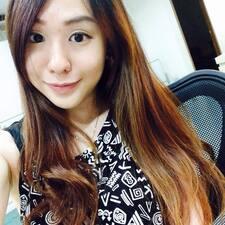 Yi Yee felhasználói profilja