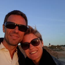 Tania & Jorn님의 사용자 프로필