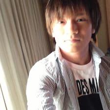 Henkilön Takeaki käyttäjäprofiili