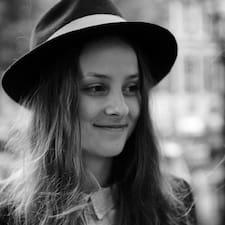 Amy/Anna-Marie Brugerprofil