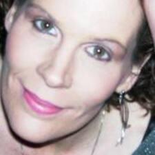 Antoinette felhasználói profilja