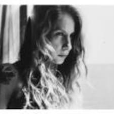Fabiola User Profile