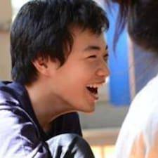 Yiqunさんのプロフィール