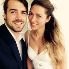 Petra & Marek ist der Gastgeber.