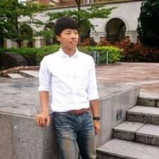 佳鴻 User Profile