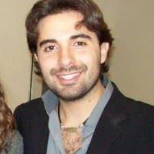 Paolo Massimo es el anfitrión.