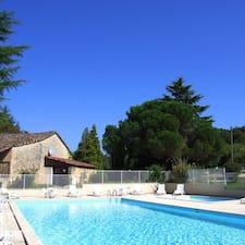 Domaine De Gavaudun is the host.