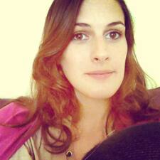 Angèleさんのプロフィール