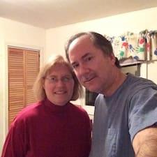 โพรไฟล์ผู้ใช้ Carole