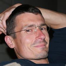 Jean-Manuel User Profile