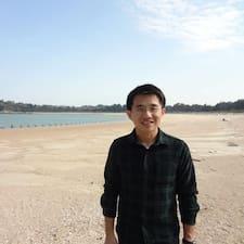 Bruce Yu felhasználói profilja