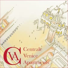 Centrale Venice Apartments is the host.
