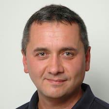 Saša User Profile