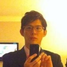 冠龍 User Profile