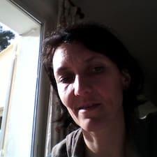 Anne-Claude User Profile