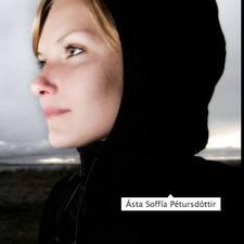 Ásta Soffía User Profile